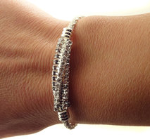 1233 Lderarmband med strass